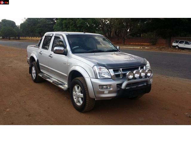 RECENT IMPORT KB 300 Isuzu Year > 2007