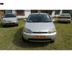 Honda HRV 2000: Quick Sale
